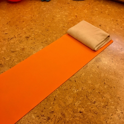 Via Vital Adventkalender Tür 9: Yogamatten und Decken
